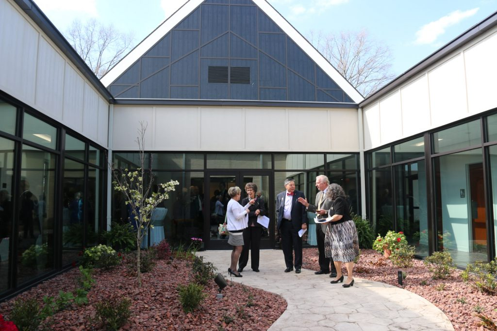 Umo Holds Dedication Service University Of Mount Olive
