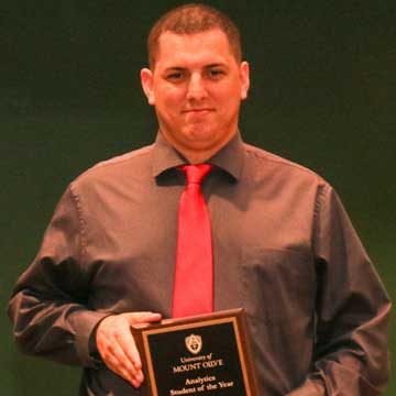 Craven County Student Receives Award at the University of Mount Olive