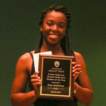 Greene County Student Receives Award at the University of Mount Olive