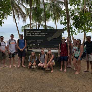 UMO Students Visit Costa Rica