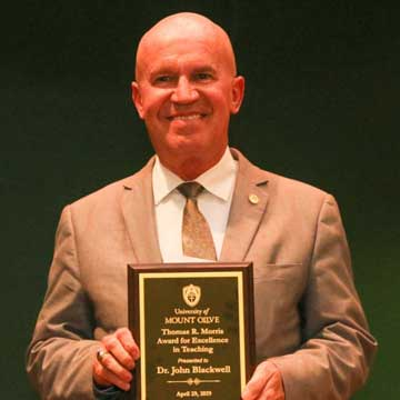 Gray and Blackwell Receive Morris Award for Excellence in Teaching at UMO