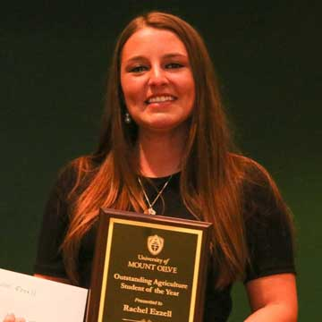 Union County Student Receives Award at the University of Mount Olive