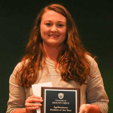 Wayne County Students Receive Awards at the University of Mount Olive