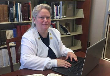 Paying it Forward:  UMO Student, Turned Faculty Member, Provides Scholarship Opportunity