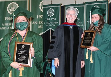 Ratcliff and Irwin Receive Morris Awards for Academic Excellence at UMO